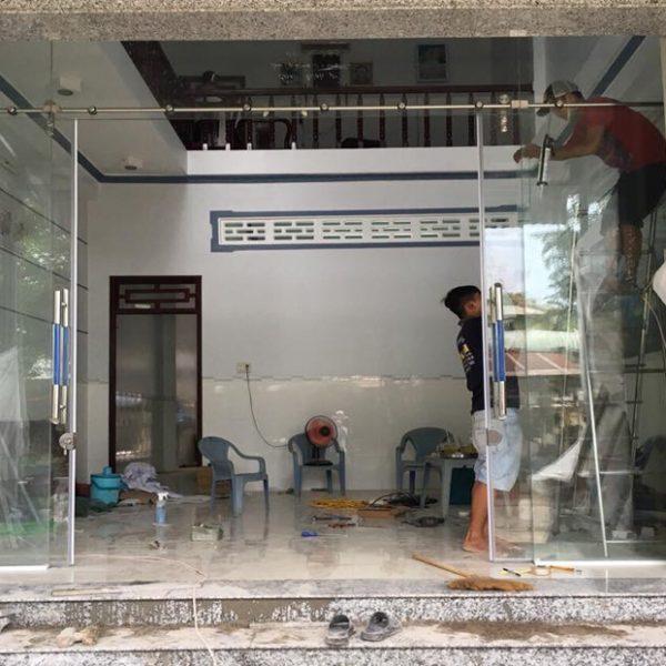 sửa chữa cửa kính tại Thanh Hóa